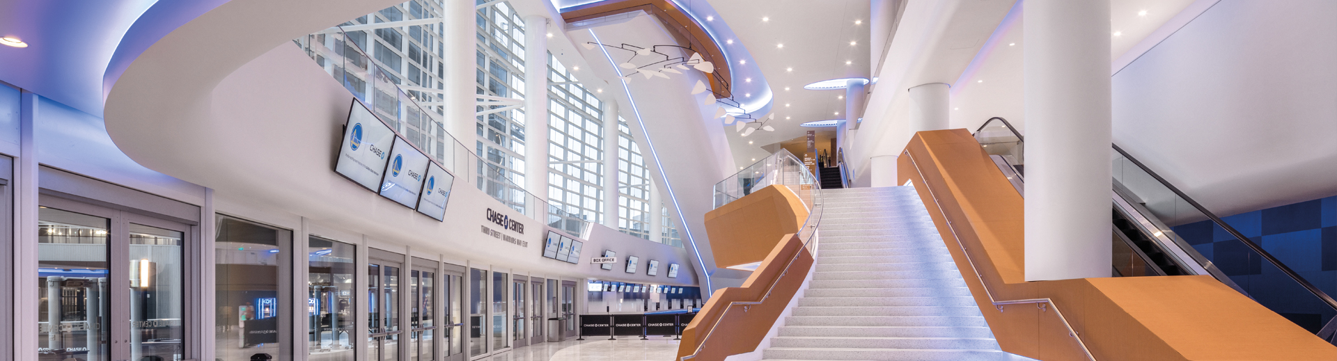Chase Center West Entrance Lobby View 1_photo credit_Jason O'Rear and Chase Center_Banner